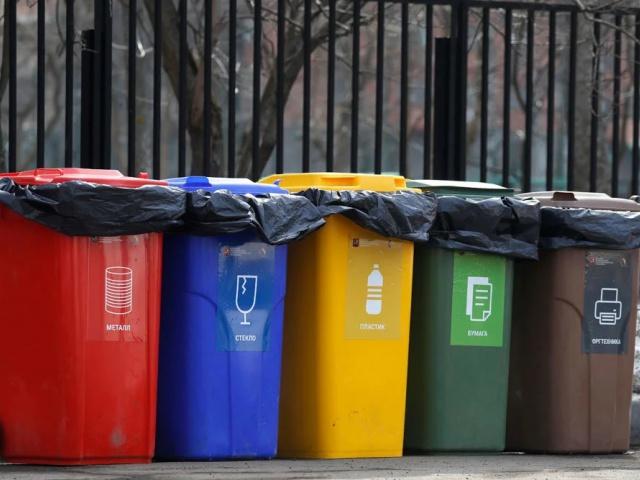 Стало известно сколько мусора выбрасывают Свердловчане